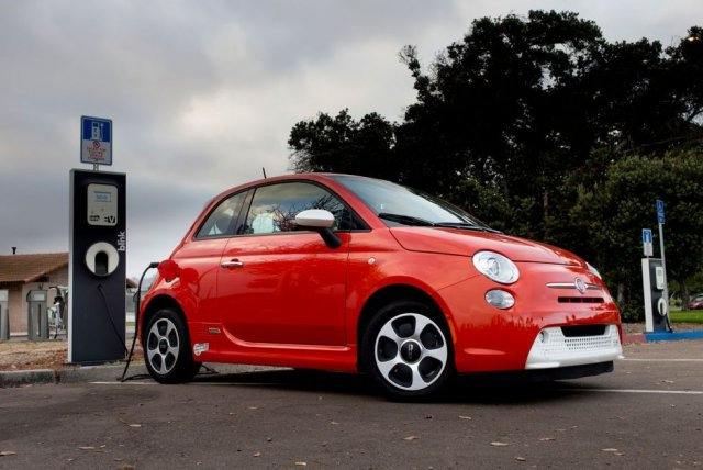 the-electric-car-fiat-500e-at-an-electric-vehicle-charging-news-photo-1579277856.jpg